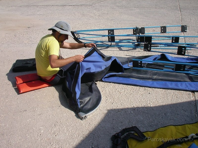 Assembly of our folding kayak